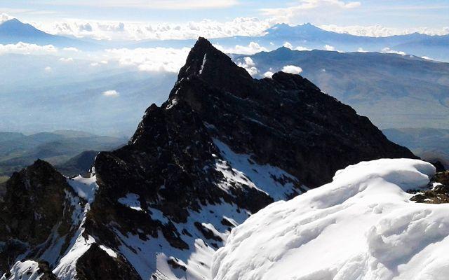 Peaks of the ecuadorian CARIHUAIRAZO